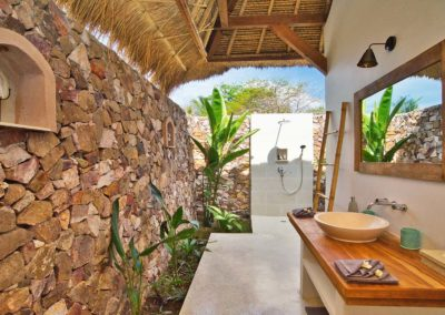 Traditional Bathroom 1