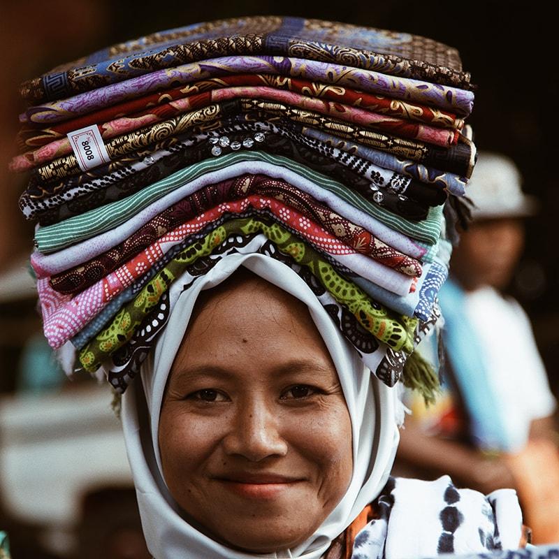 Segara Lombok Activities Handicraft